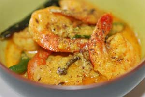 Chingri (Prawns) Malai Curry