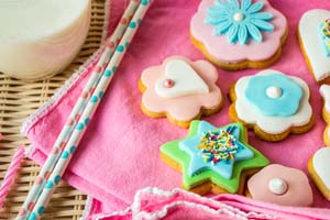 Gingerbread Cookies with Fondant Decoration