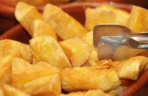 Fried Cassava (Mandioca Frita)